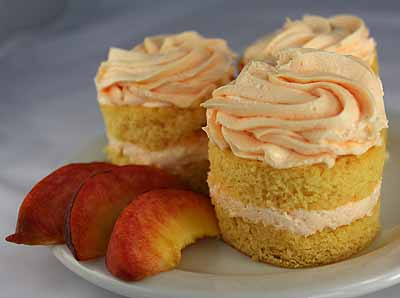 mini-peach-mousse cakes